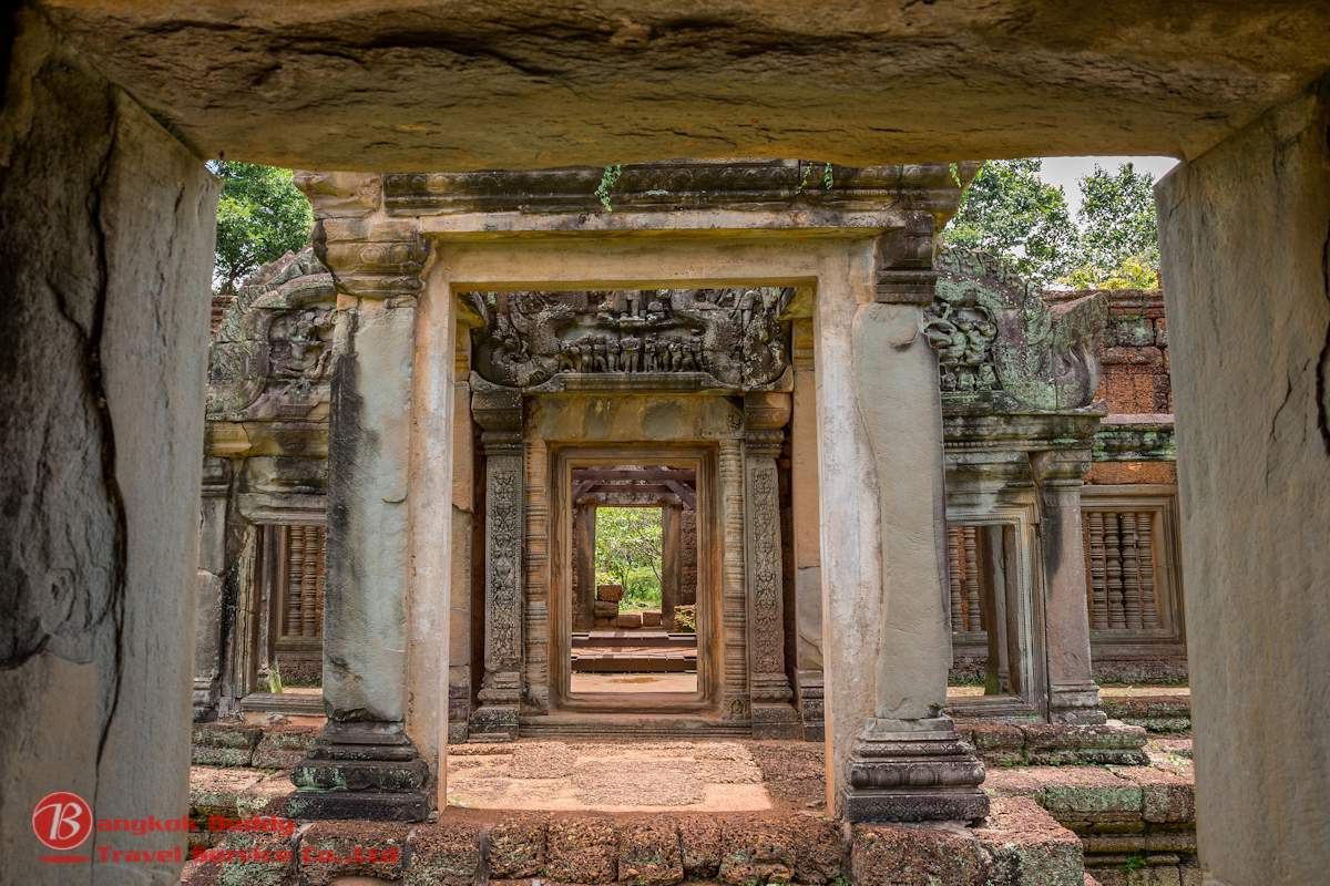Angkor Wat Entrance